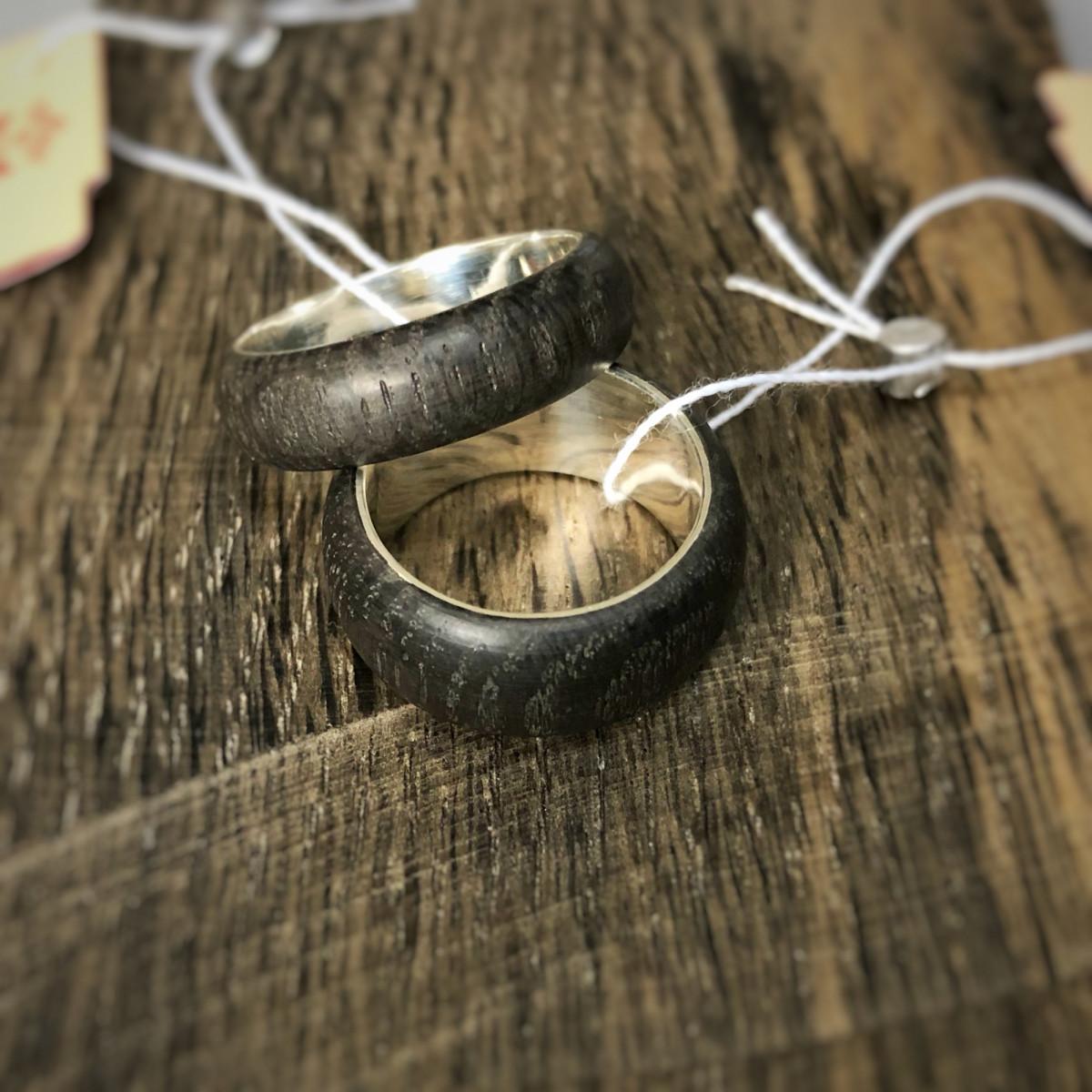 Кольцо обручальное Моренный дуб